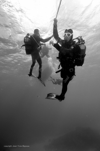 A Divers on a deco stop with moderatre currents .Balaclava,Mauritius